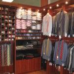 Шкаф-витрина для одежды